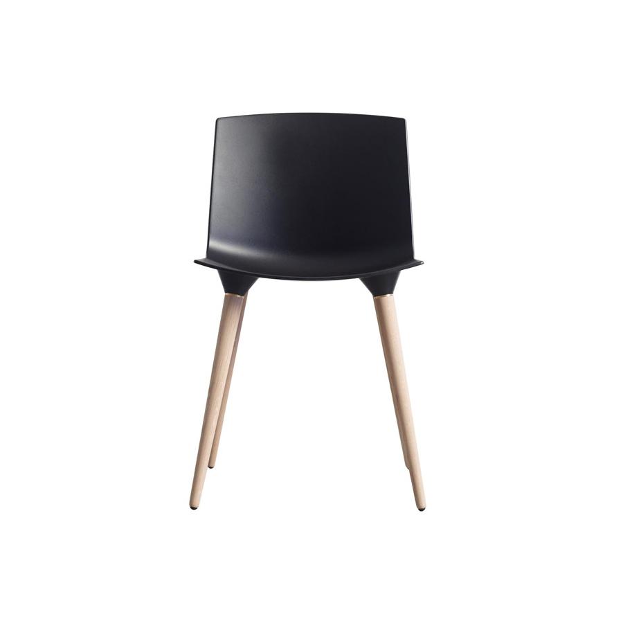 Flere Varianter. TAC   Mat. Andersen Furniture
