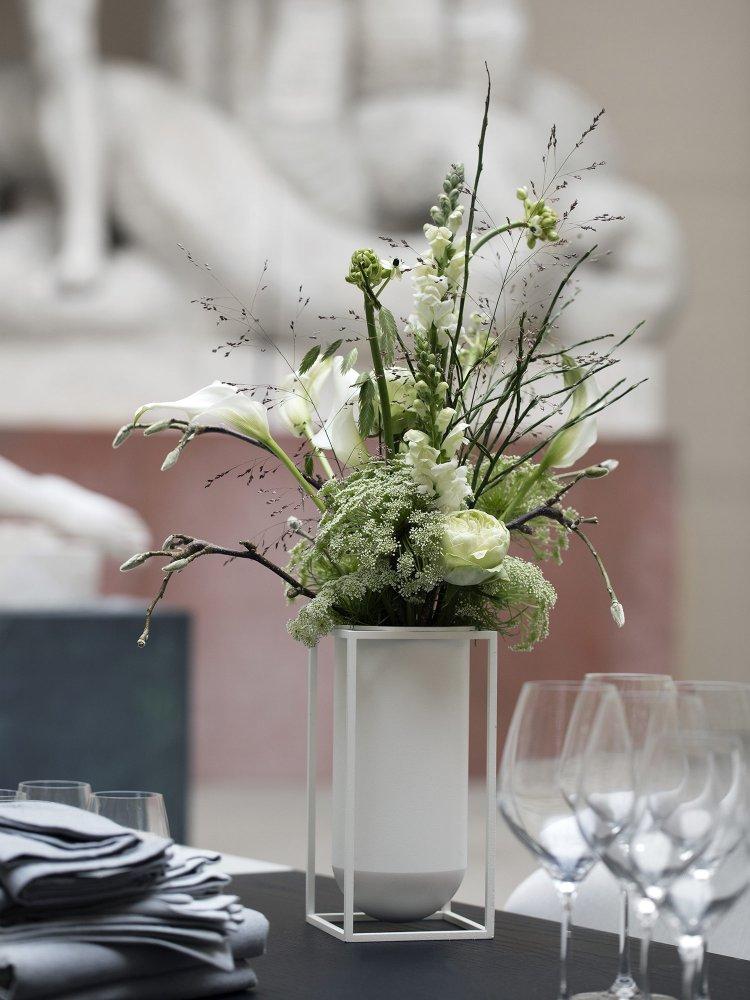 kubus lolo vase fra by lassen k b den her. Black Bedroom Furniture Sets. Home Design Ideas