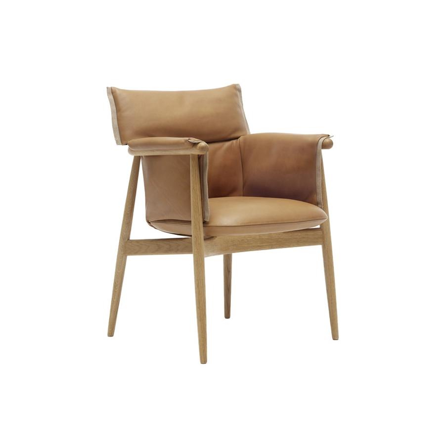 embrace chair fra carl hansen k b den her fri fragt. Black Bedroom Furniture Sets. Home Design Ideas